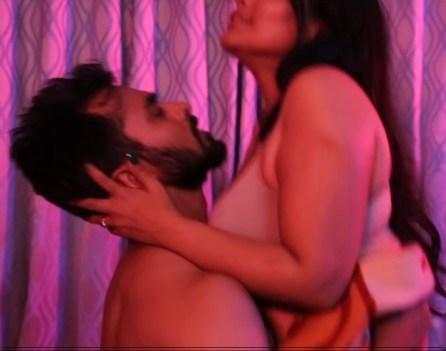 18+ Rosgulla 2019 S02 Hindi Complete Hot Web Series 720p HDRip 350MB
