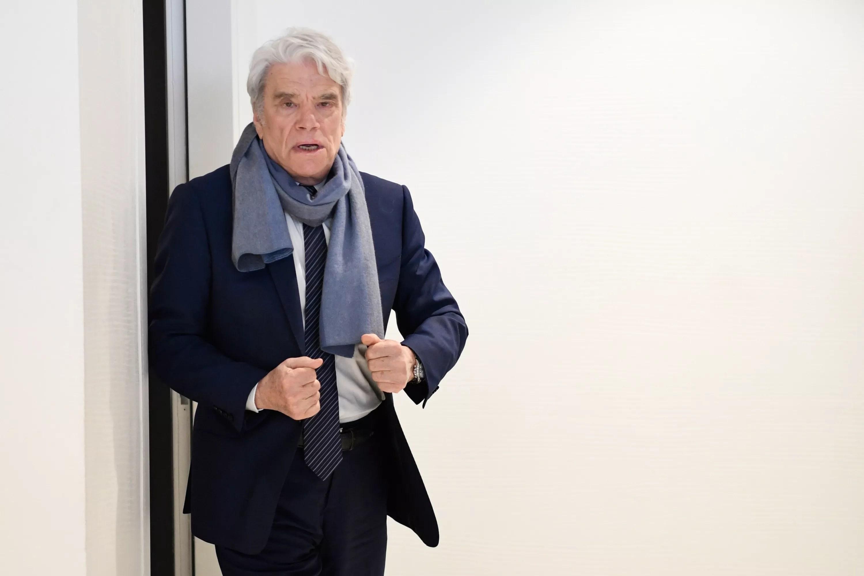 https www lefigaro fr actualite france cancer bernard tapie confie etre dans une phase compliquee 20201228
