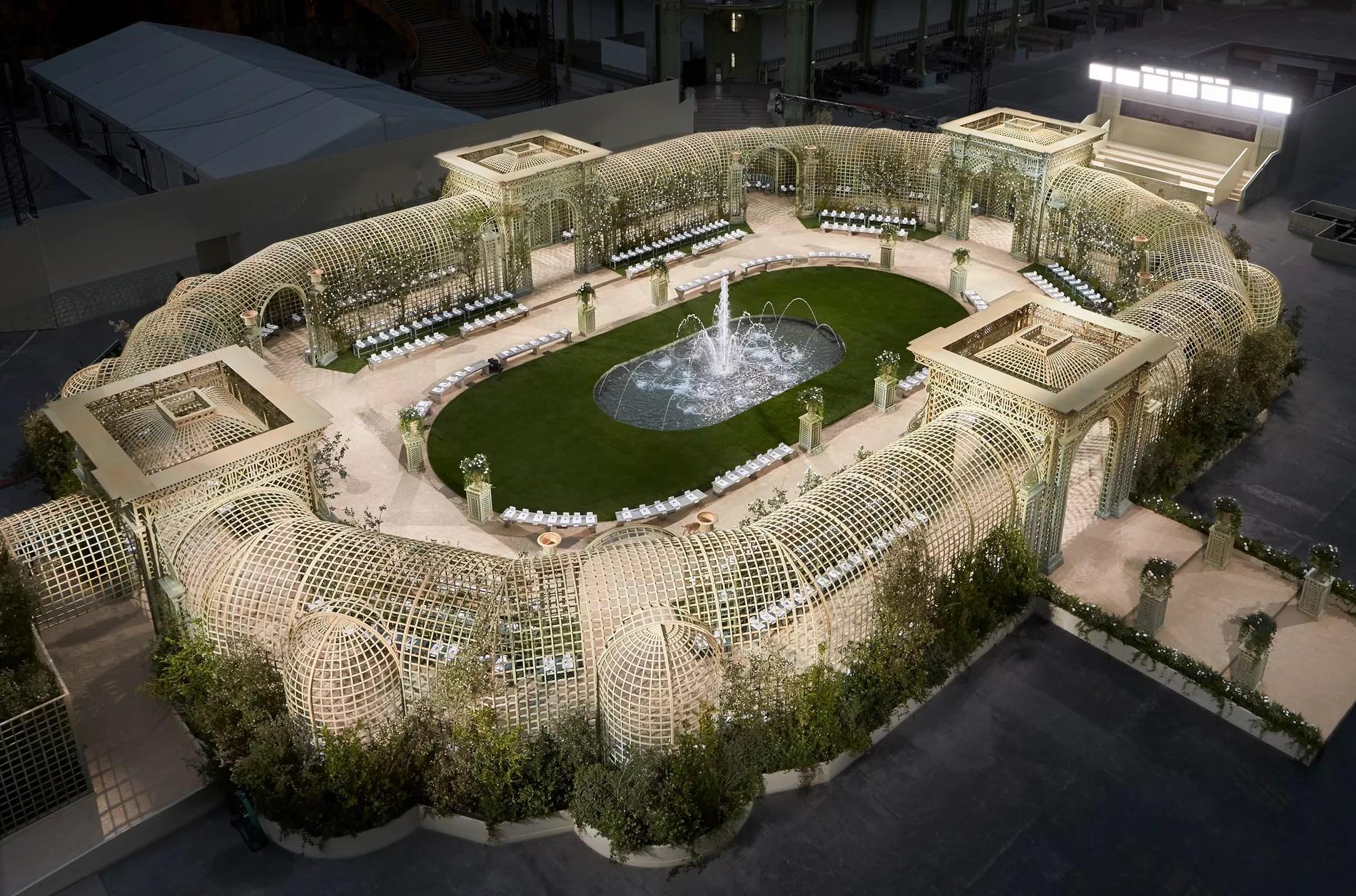 """Résultat de recherche d'images pour """"grand palais jardin versaillais"""""""