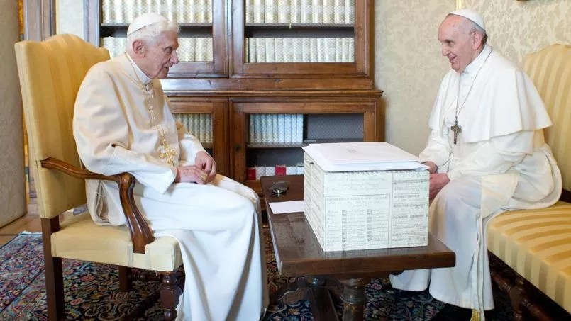 Résultats de recherche d'images pour «deux papes»