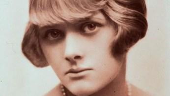 L'écrivaine, à l'époque de la rédaction de «la Poupée».