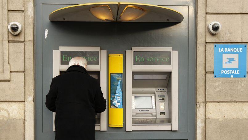 Un distributeur de la Banque postale s'est montré généreux dans la nuit de vendredi à samedi.