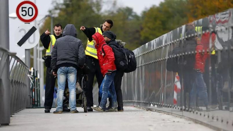 Migrants à la frontière germano-autrichienne - Freilassing, près de Salzbourg