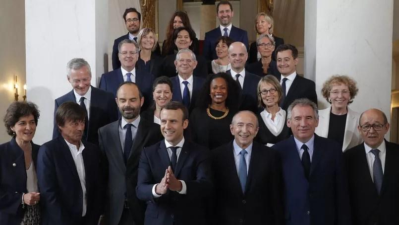 La photo du gouvernement après le premier conseil des ministres qui s'est tenu ce jeudi matin.