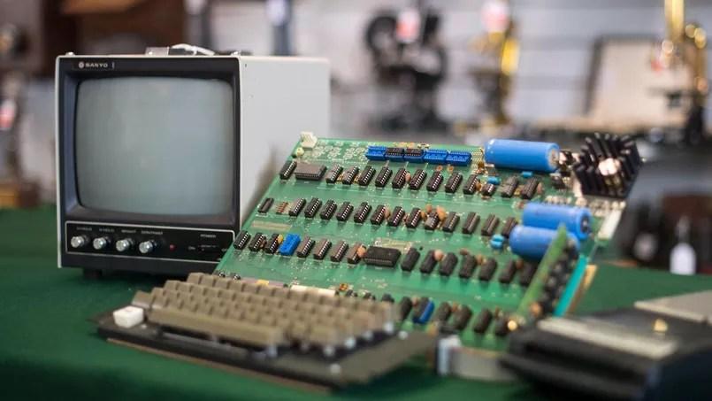 Un Apple-I a été adjugé pour 110.000 euros.