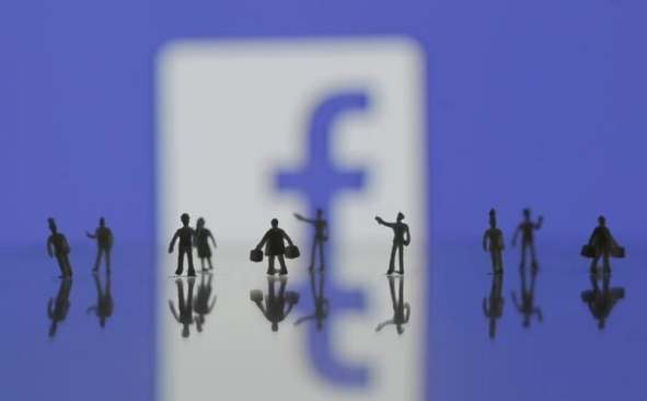 Facebook Buys Social Media Buzz Tracker CrowdTangle