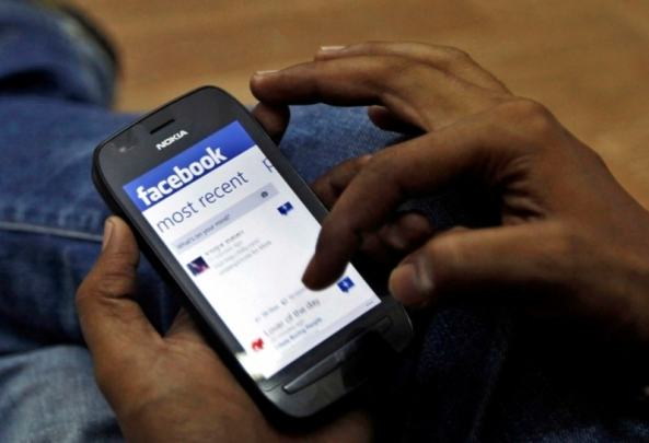 Election Commission Partners With Facebook to Register Young Voters