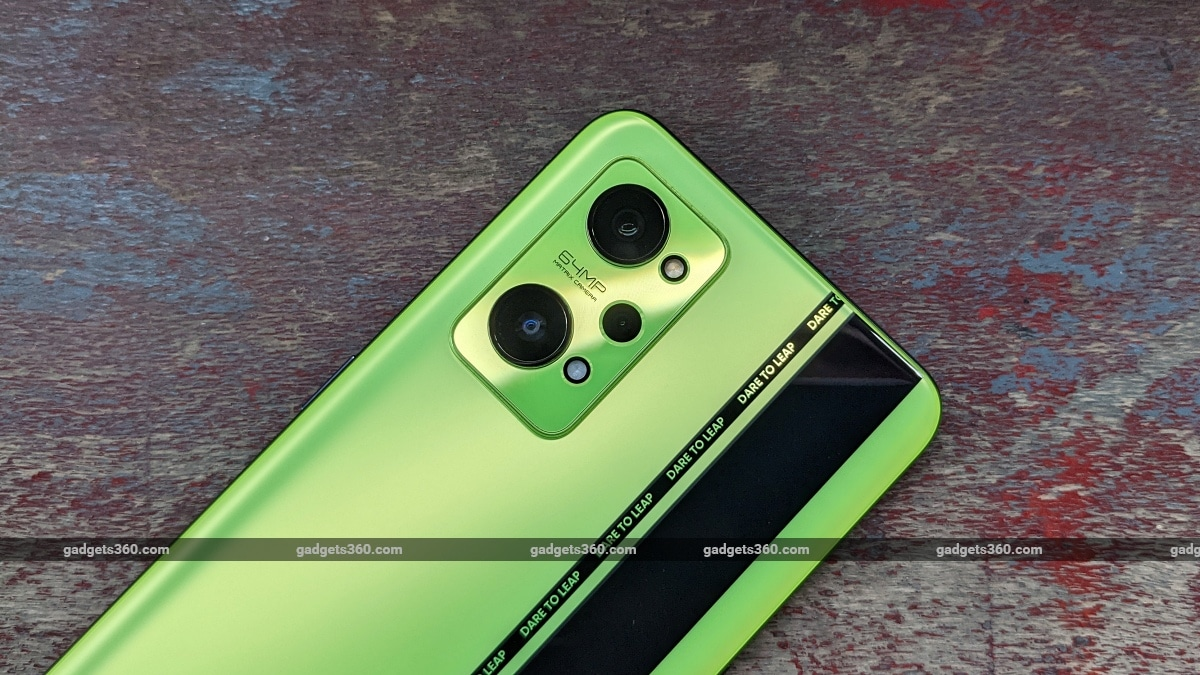 Realme GT Neo 2 First Impressions: This One's for the Gamer