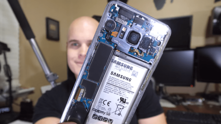 Samsung Galaxy S8 Gets the Clear-Back Treatment in This Video