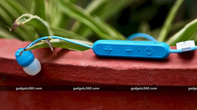 Sony WiC300 Inline1 Sony WI-C300