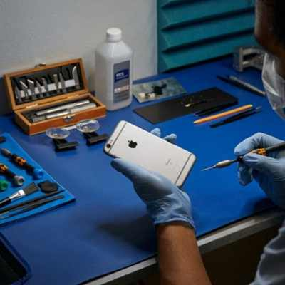 Big Tech, Independent Shops Spar Over 'Right to Repair' in US