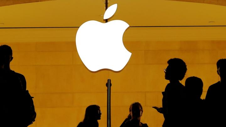 Apple Said to Be in Advanced Talks to Buy Intel's Smartphone-Modem Chip Unit