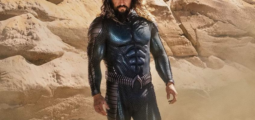 Here's Your First Look at Jason Momoa's New Aquaman Stealth Costume