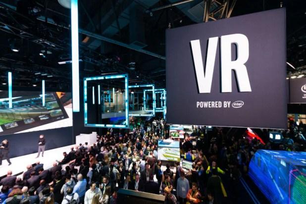 cr CES 2019  VR