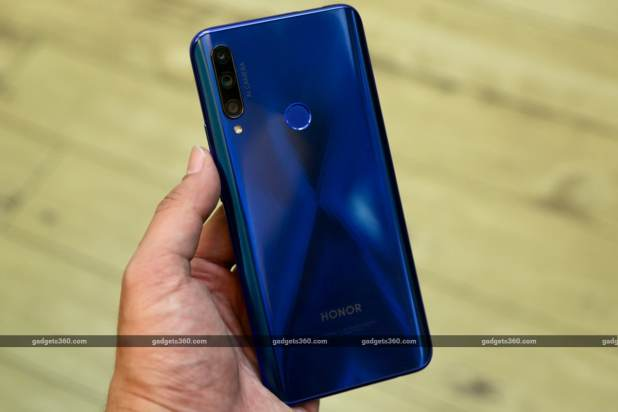 honor 9x fi back in hand gadgets 360