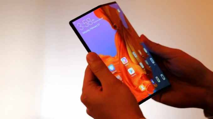 Huawei Mate X Foldable Phone Launching in September: Report