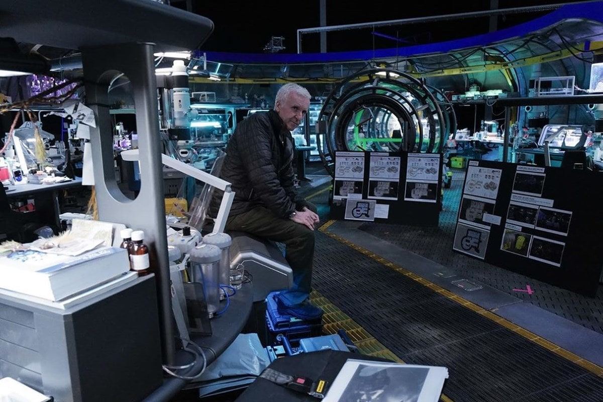 Avatar 2 Complete, Avatar 3 Nearly Done Filming, Reveals James Cameron thumbnail