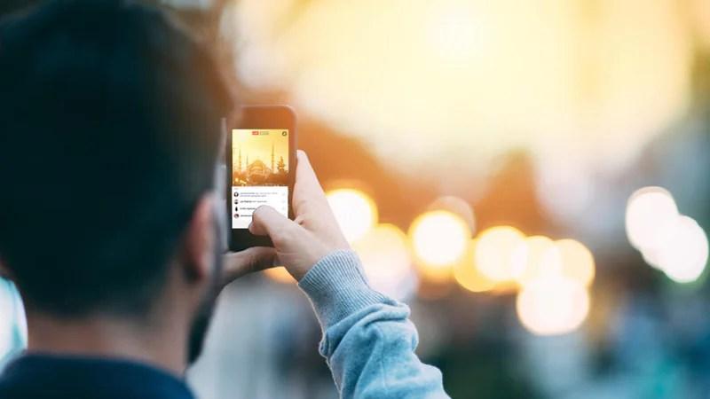 كيفية بث فيديو مباشر على YouTube و Instagram و Facebook و Twitter و Periscope