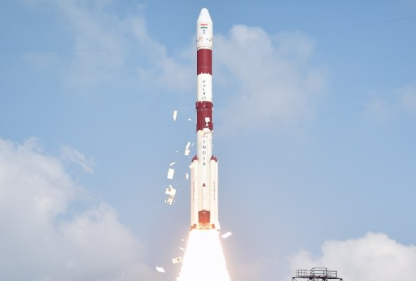ISRO Rockets Can Take 400 Satellites to Space at a Time, Says Former Chairman