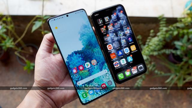 samsung S20 vs iphone screens samsung