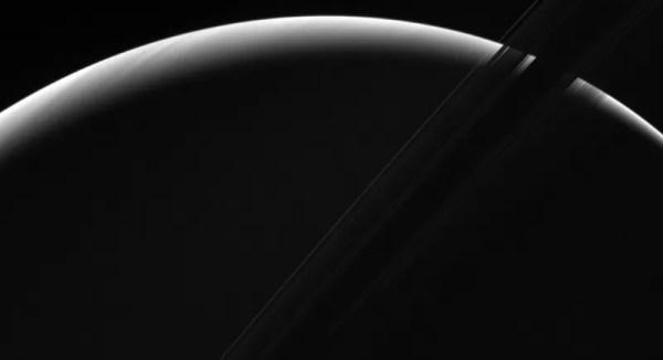 NASA's Cassini Probe Captures Dawn on Saturn in Stunning ...