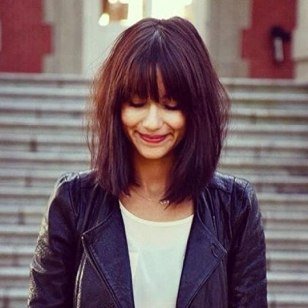 Blunt Messy Bob, long bangs. I love how blunt this looks without looking heavy:
