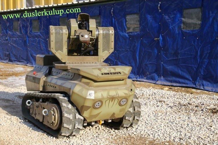 8PqRWd Yerli Yapım Milli Zırhlı Mini Tank Ankebot Hakkında Bilgi