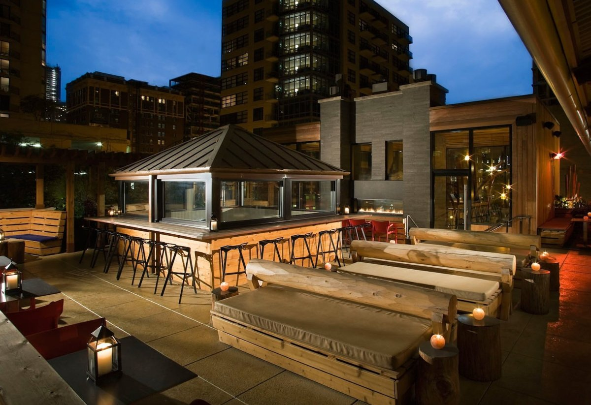 America's Best Outdoor Bars (PHOTOS) | HuffPost on Best Backyard Bars  id=92762
