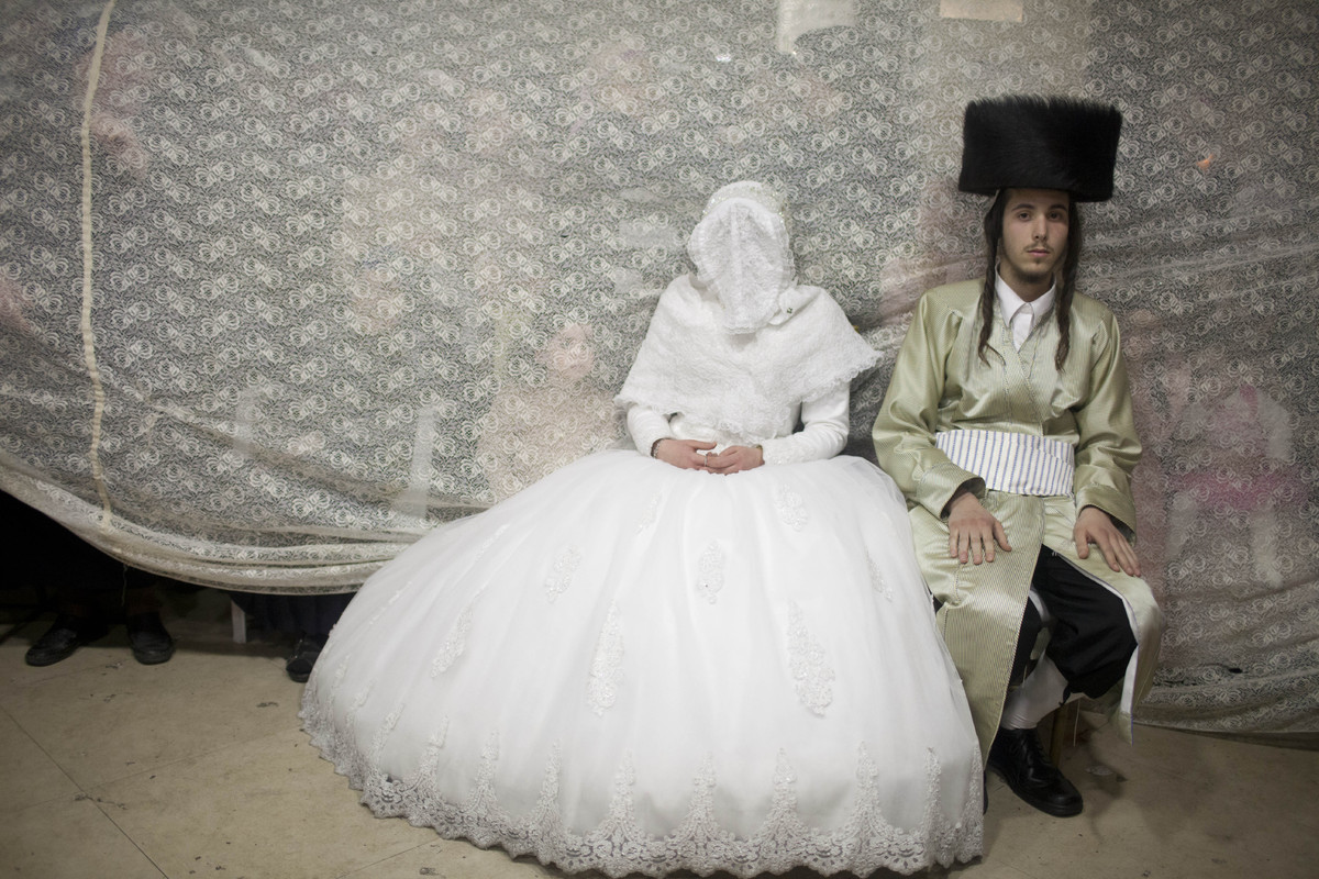 United Kingdom Wedding Traditions