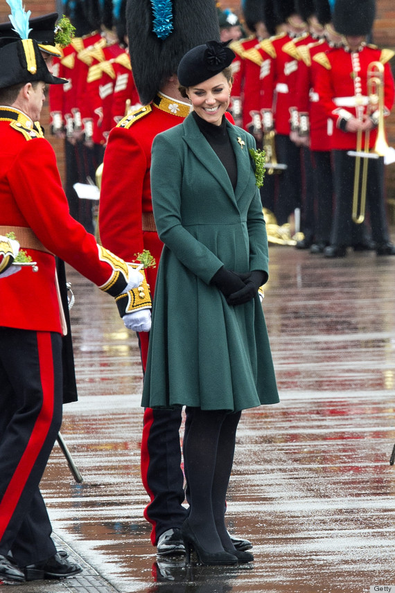 kate middleton heel stuck
