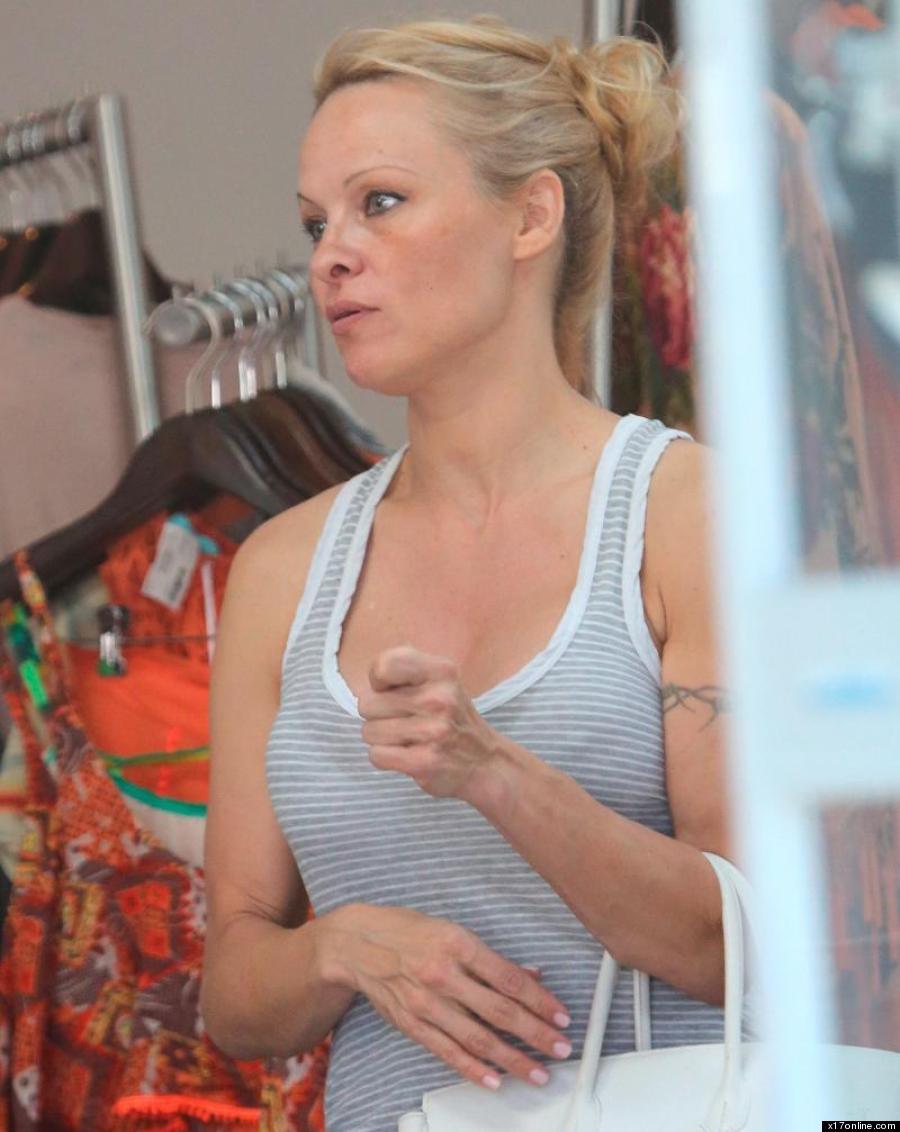 Pamela Anderson Ose Le Look Naturel Pour Le Meilleur Ou