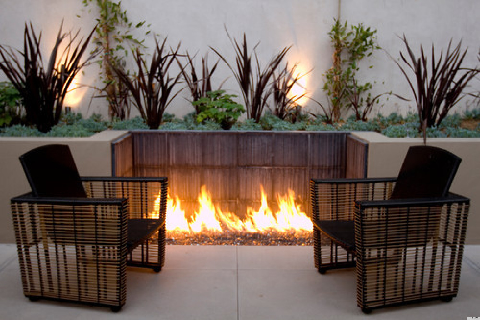 10 Outdoor Fire Pits That Will Take A Backyard From ... on Fireplace In Yard  id=35833