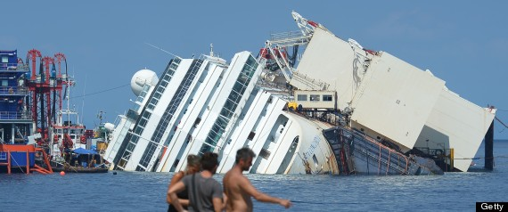 italy costa concordia upright