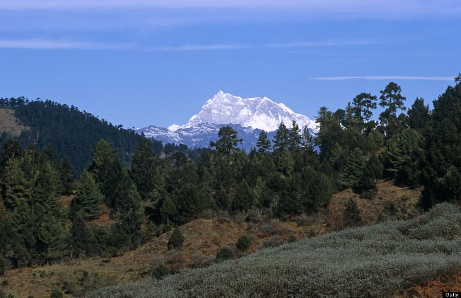 gangkhar puensum mountain bhutan