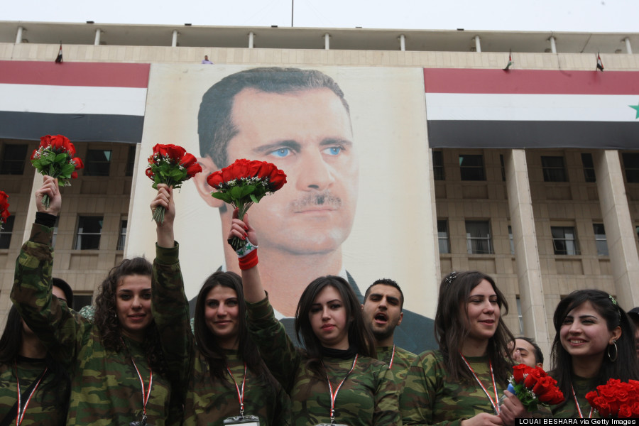 https://i1.wp.com/i.huffpost.com/gen/1624619/thumbs/o-VALENTINE-DAY-SYRIA-900.jpg