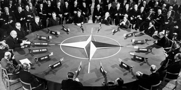 Will Ukraine Revive Cold War Passions? | HuffPost