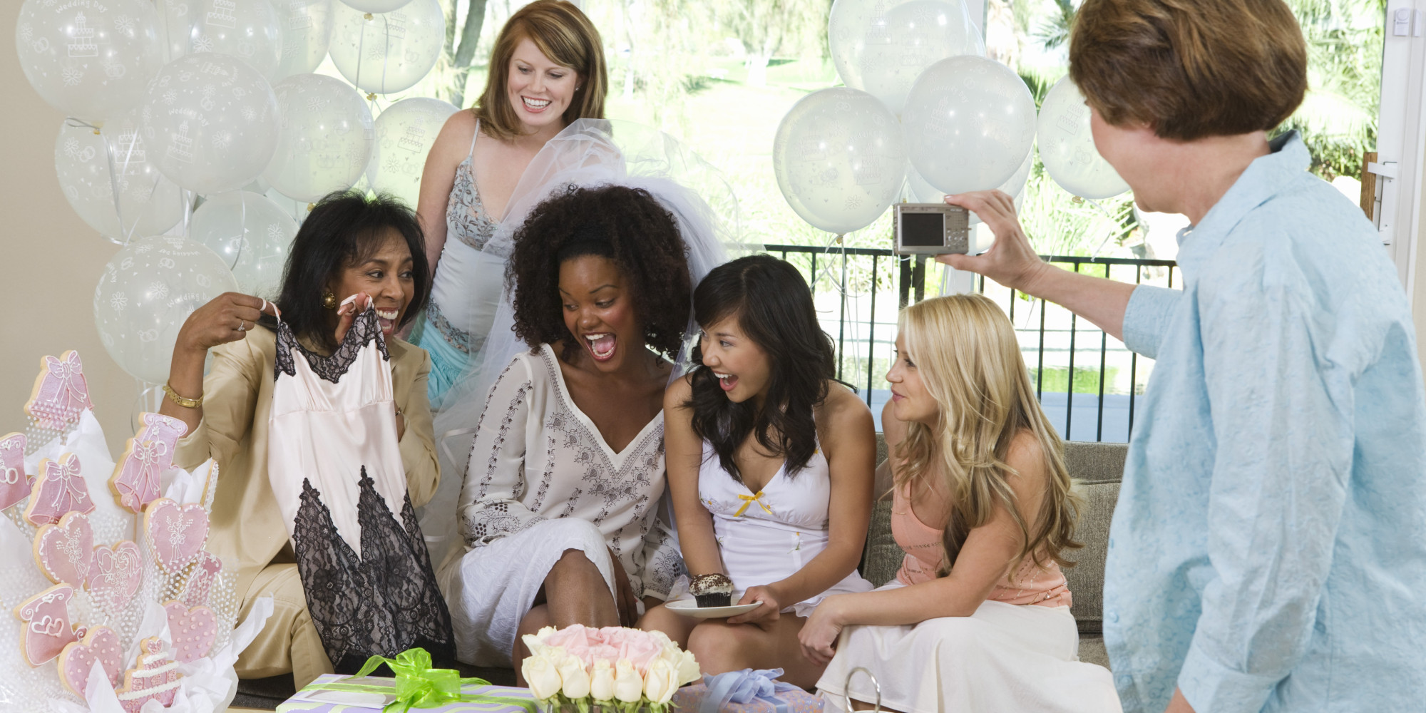 Bridal Shower Gifts That The Bride Will Adore