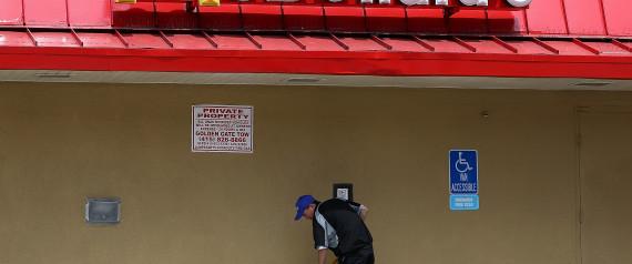 fast food employee