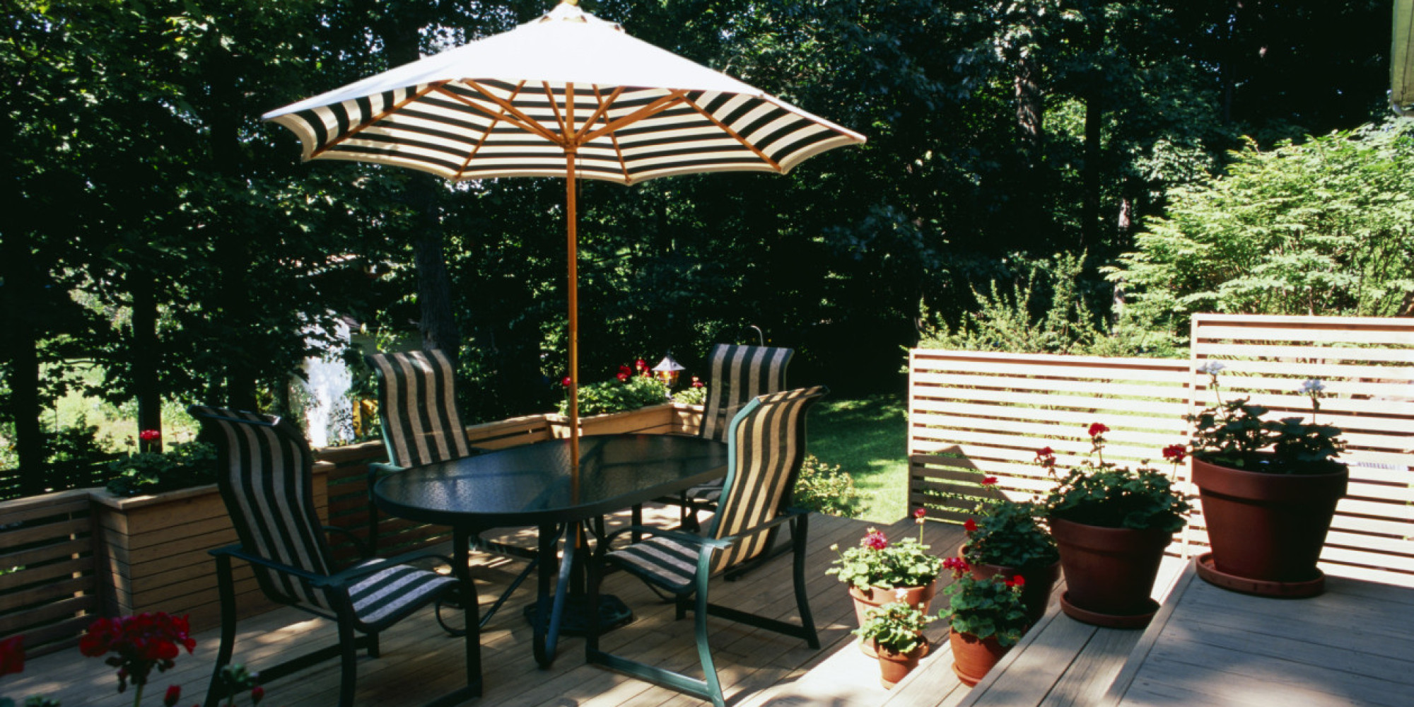 6 Brilliant and Inexpensive Patio Ideas for Small Yards ... on Economical Patio Ideas  id=49269