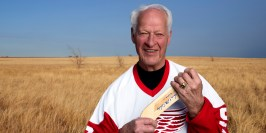 Hockey legend Gordie Howe benefits from stem cells