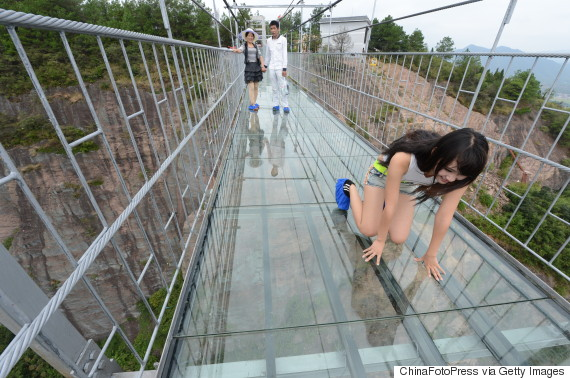 china glass suspension bridge