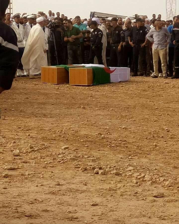 enterrement des deux policiers de tiaret