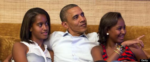 r MALIA AND SASHA OBAMA large570 Sasha Obama: Growing Up In The White House
