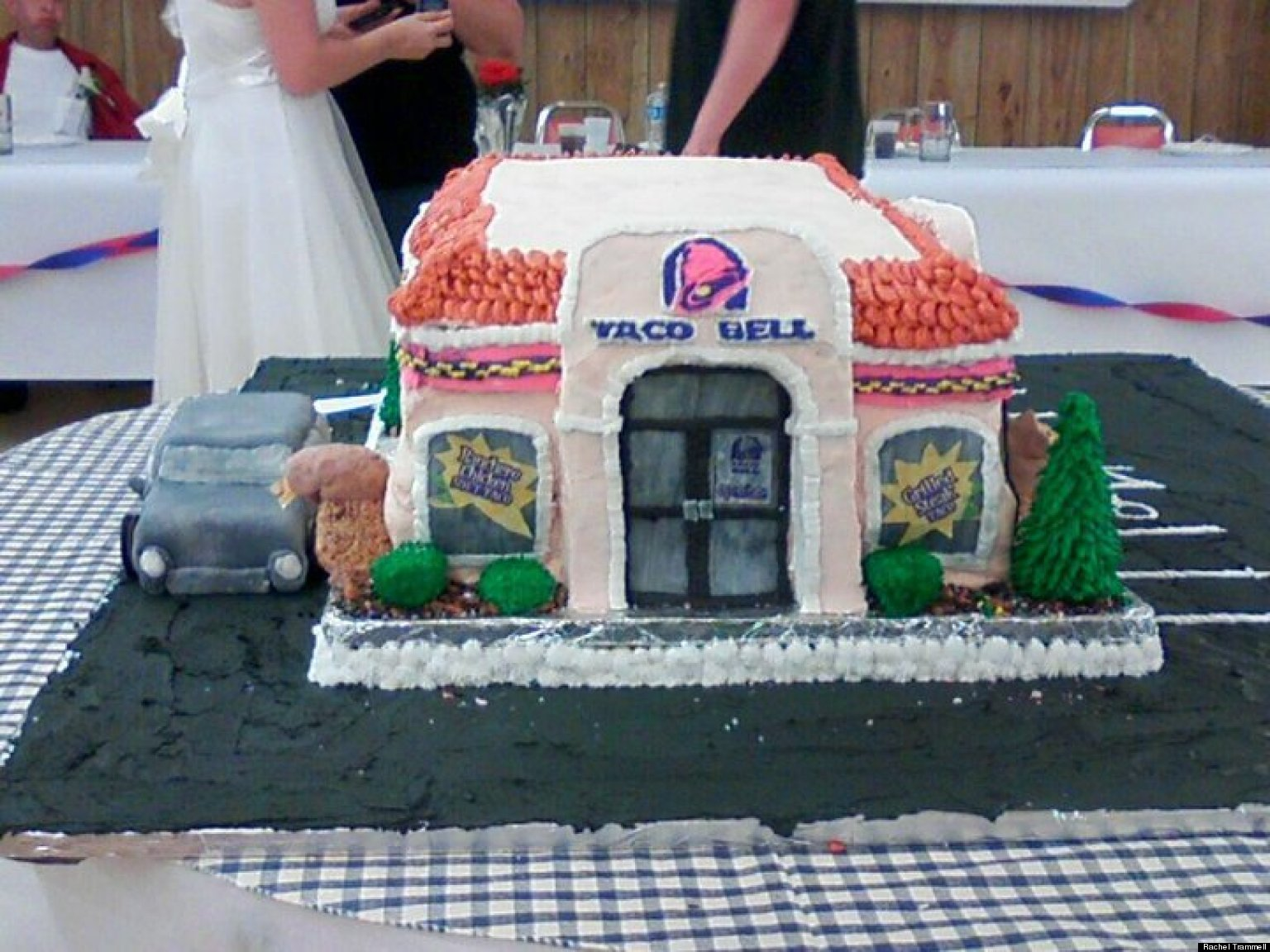 Taco Bell Weddings And Engagements Are More Common Than