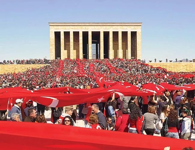 Erdoğan releases message to mark 94th anniversary of Republic Day