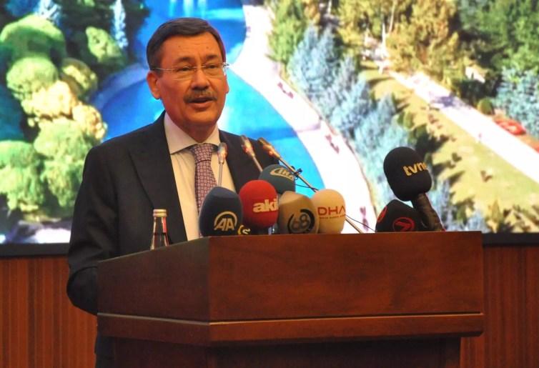 Ankara Mayor Melih Gökçek resigns