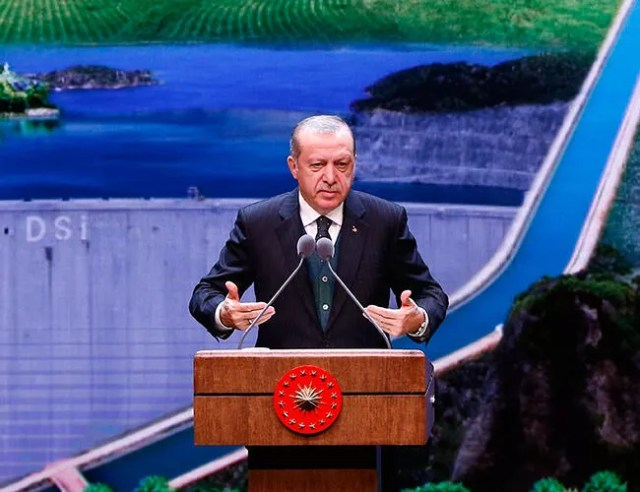 Erdoğan rejects CHP off-shore accusations, asks for 'proof'