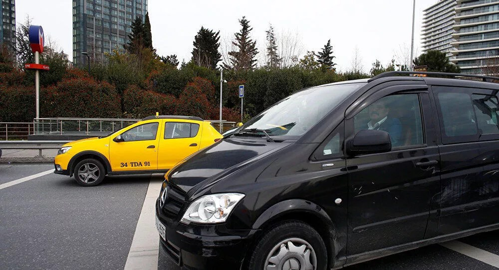 Uber app downloads rise five-fold in Turkey amid tension with taxi drivers
