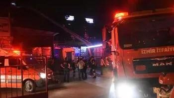 İzmir'de İZBAN hattındaki yangın korkuttu