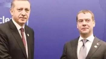 Medvedev, Erdoğan'ın yemin törenine katılacak